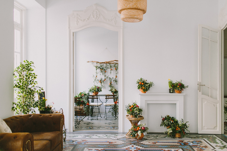 wedding venues - photo by Paula G Furio http://ruffledblog.com/1920s-mediterranean-wedding-inspiration-in-valencia-spain