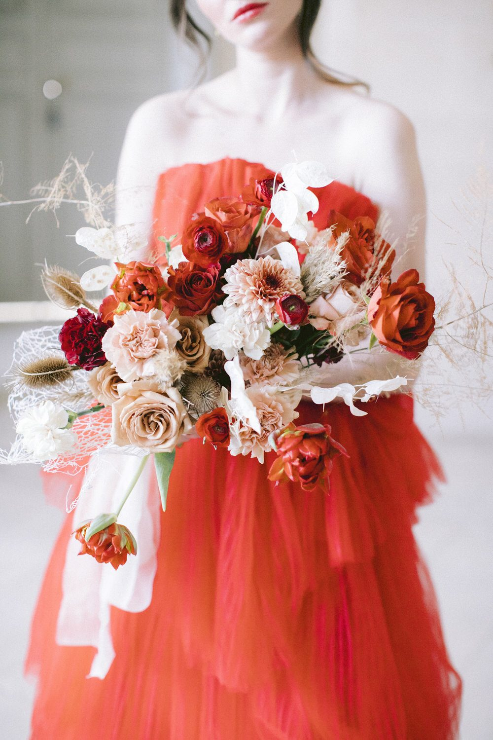 Fine Art French Wedding with a Playful Design in Dazzling Reds ⋆ Ruffled