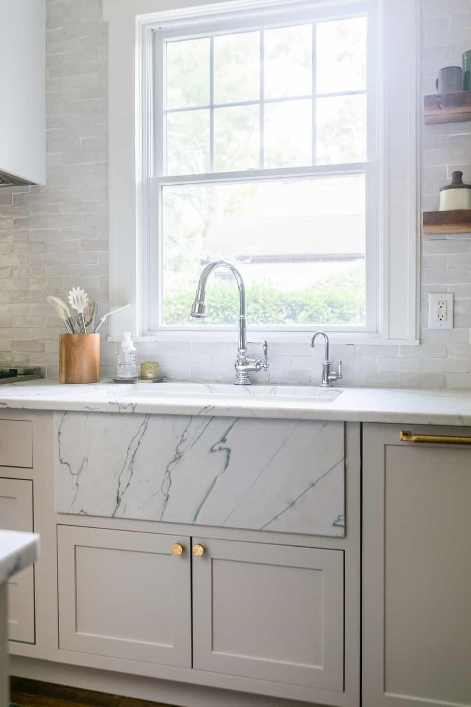 Our Kitchen Reno   Why We Chose Quartzite Countertops ⋆ Ruffled