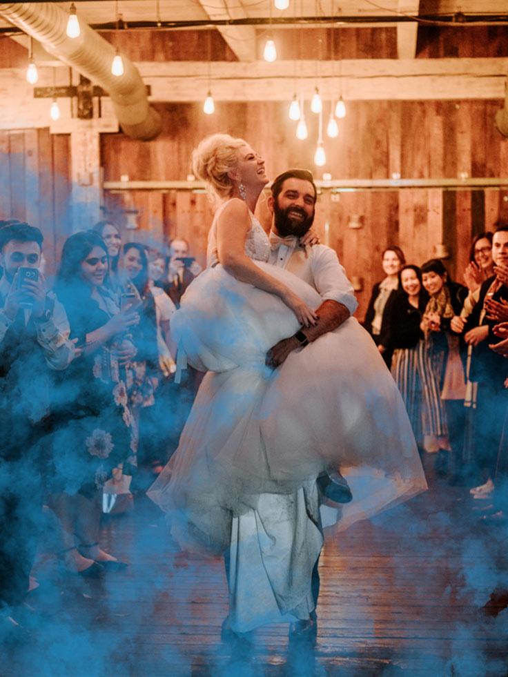 Cyanotype Blue Wedding Inspiration #cyanotype #weddings #bluewedding see more:  https://ruffledblog.com/cyanotype-wedding-event/