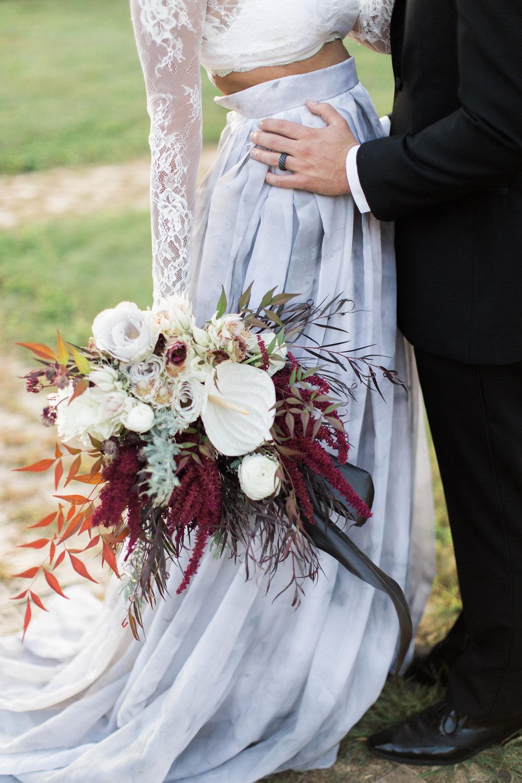 Gothic glam fall wedding ideas ruffled halloween wedding ideas photo by gaudium photography httpsruffledblog junglespirit Gallery