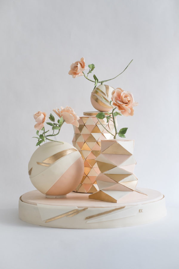 pink and gold geometric wedding cake - by Kristiane Kegelmann https://ruffledblog.com/40-eye-catching-geometric-wedding-ideas