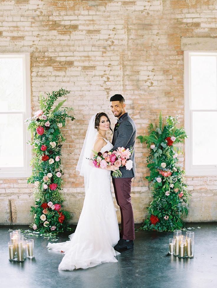 This artsy industrial wedding will convince you to go all-modern for your big day! #abstractwedding #weddinginspo #industrialwedding see more: https://ruffledblog.com/modern-texas-wedding-jewel-tones