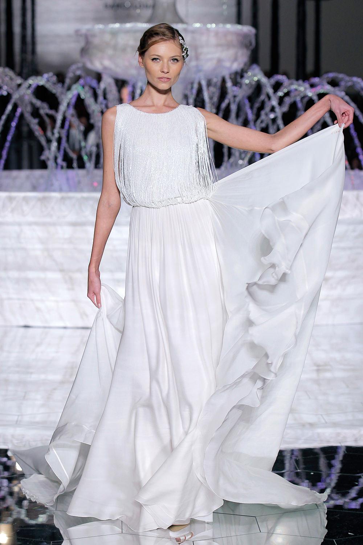 Atelier Pronovias 2018 wedding dress with fringe - http://ruffledblog.com/atelier-pronovias-2018-at-barcelona-bridal-fashion-week