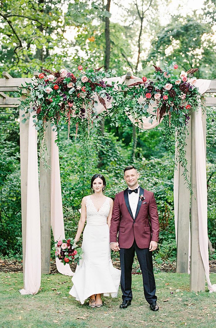 This pink urlencodedmlaplussign burgundy wedding palette gives us chills #blushwedding #weddinginspo #weddingcolors see more: https://ruffledblog.com/pink-burgundy-wedding-blooms