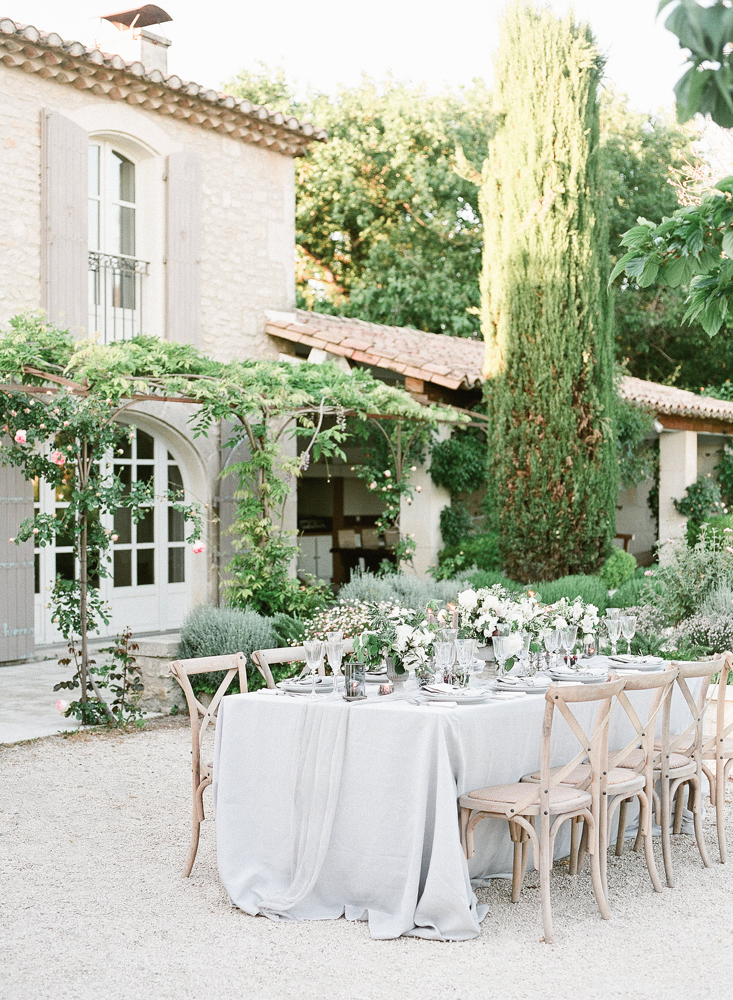 Provence wedding - photo by Rory Wylie Photography https://ruffledblog.com/provence-wedding-inspiration-with-olive-hues