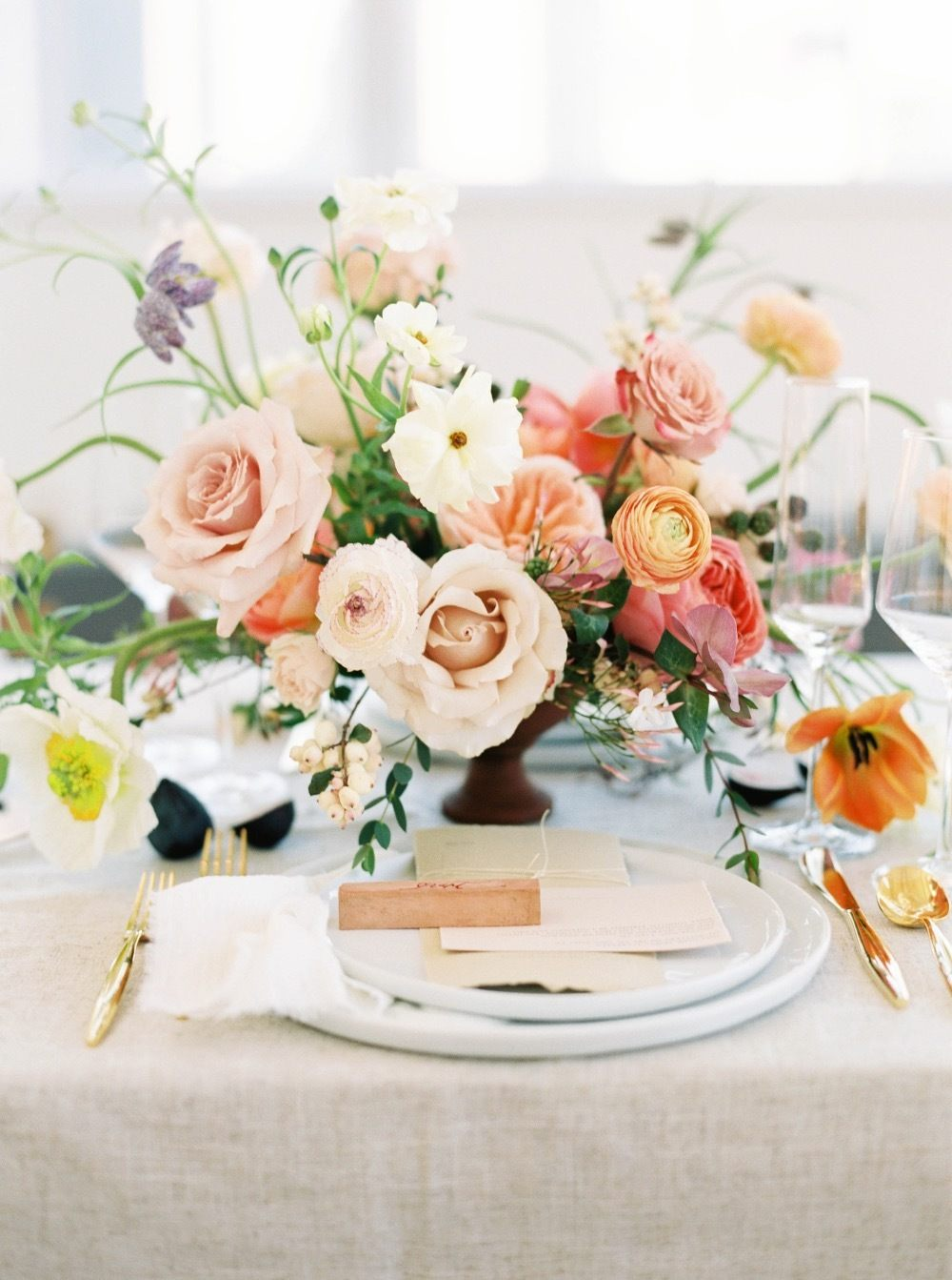bold and textured wedding floral centerpiece