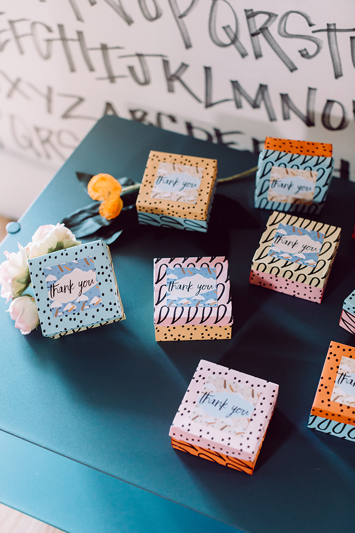 diy wedding favor boxes - photo by Clarence Chan Photography http://ruffledblog.com/diy-origami-favor-boxes-free-printables