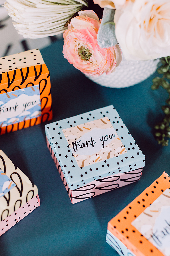 DIY Origami Favor Boxes + Free Printables - photo by Clarence Chan Photography https://ruffledblog.com/diy-origami-favor-boxes-free-printables