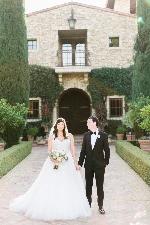 bride and groom wedding photo in Santa Fe
