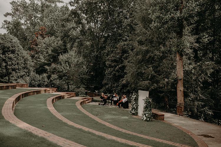 amphitheater wedding ceremonies - http://ruffledblog.com/vibrant-atlanta-wedding-inspiration-with-rust-accents