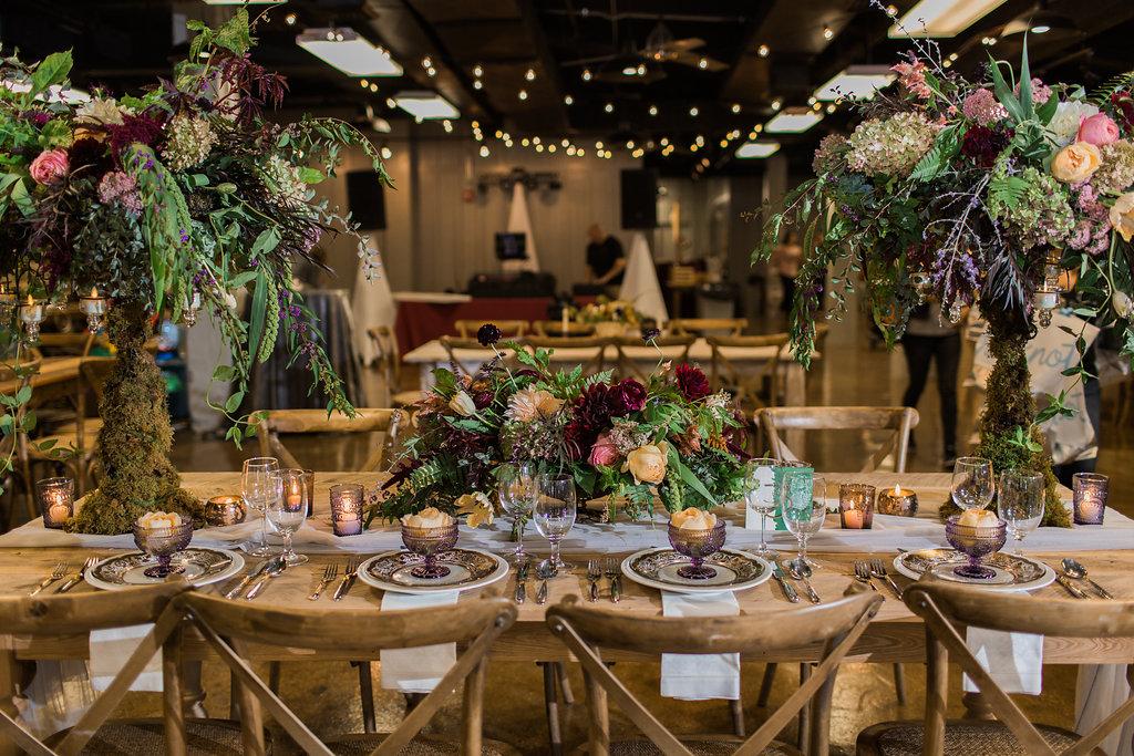 fall wedding tablescapes - https://ruffledblog.com/rustic-woodland-chic-wedding-inspiration-in-baltimore