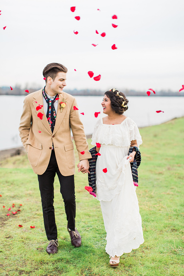 This Latin American wedding inspo is so pretty! #latinamerica #guatemalanwedding #weddingtraditions see more: https://ruffledblog.com/vibrant-editorial-guatemalan-heritage