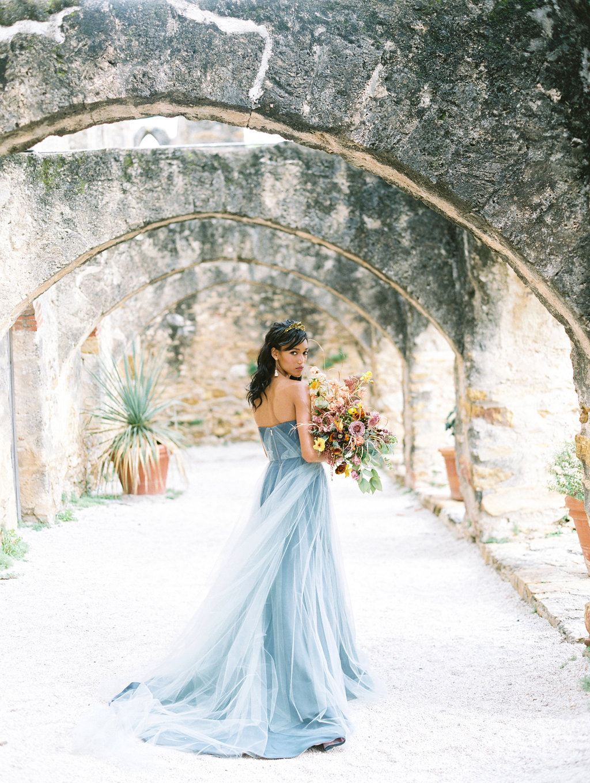 Architectural San Antonio Mission Wedding Inspiration - photo by Charla Storey https://ruffledblog.com/architectural-san-antonio-mission-wedding-inspiration