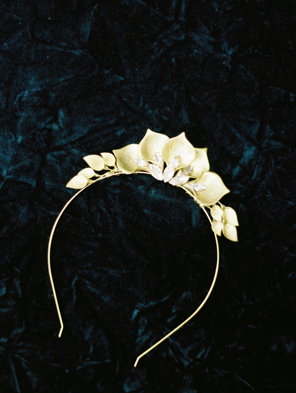 gold bridal headpieces - photo by Charla Storey http://ruffledblog.com/architectural-san-antonio-mission-wedding-inspiration