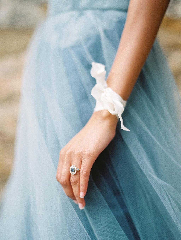 bridal ribbon accessories - photo by Charla Storey https://ruffledblog.com/architectural-san-antonio-mission-wedding-inspiration