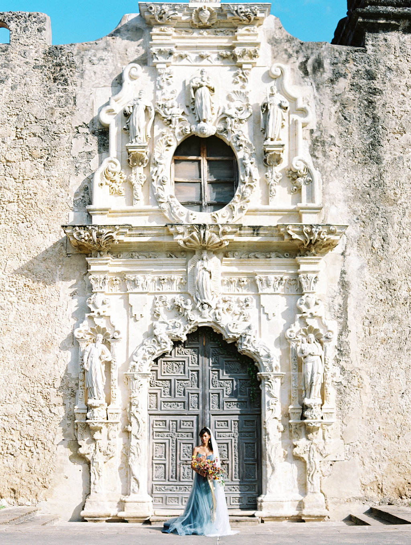 architectural wedding venues - photo by Charla Storey https://ruffledblog.com/architectural-san-antonio-mission-wedding-inspiration