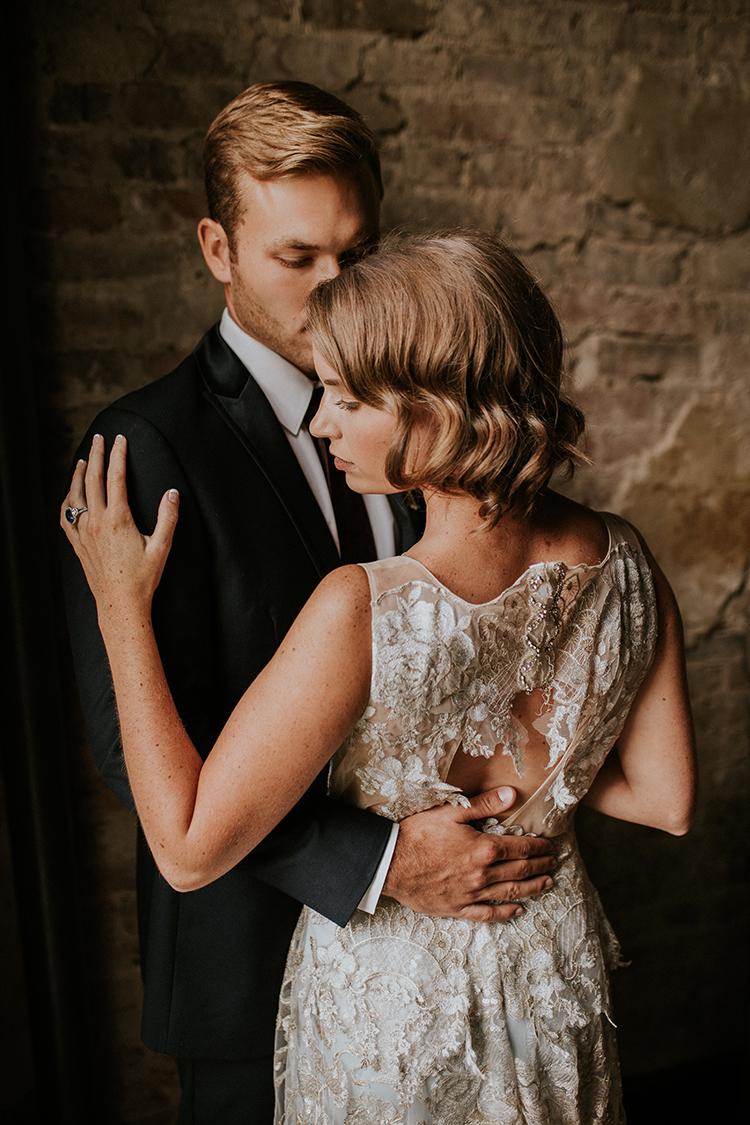 vintage inspired wedding fashion - https://ruffledblog.com/artist-inspired-wedding-ideas-with-oxblood-and-navy