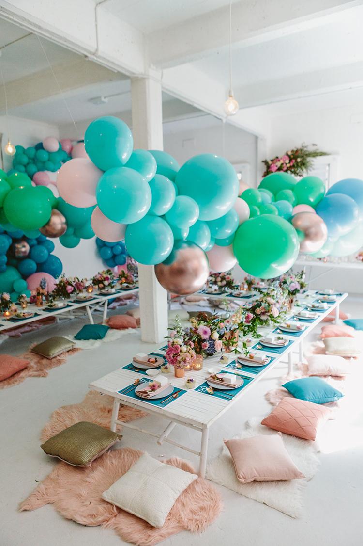 balloon wedding inspiration - photo by Beck Rocchi http://ruffledblog.com/balloon-filled-party-inspiration-at-a-pandora-brunch