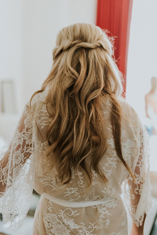 wedding hair - photo by M2 Photography http://ruffledblog.com/black-tie-philadelphia-wedding-with-a-boho-twist