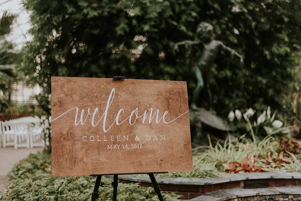 wedding signs - photo by M2 Photography http://ruffledblog.com/black-tie-philadelphia-wedding-with-a-boho-twist