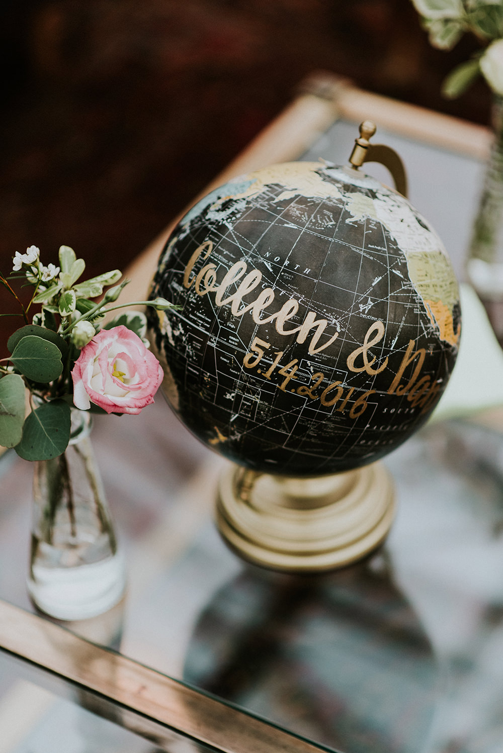 wedding ideas - photo by M2 Photography https://ruffledblog.com/black-tie-philadelphia-wedding-with-a-boho-twist