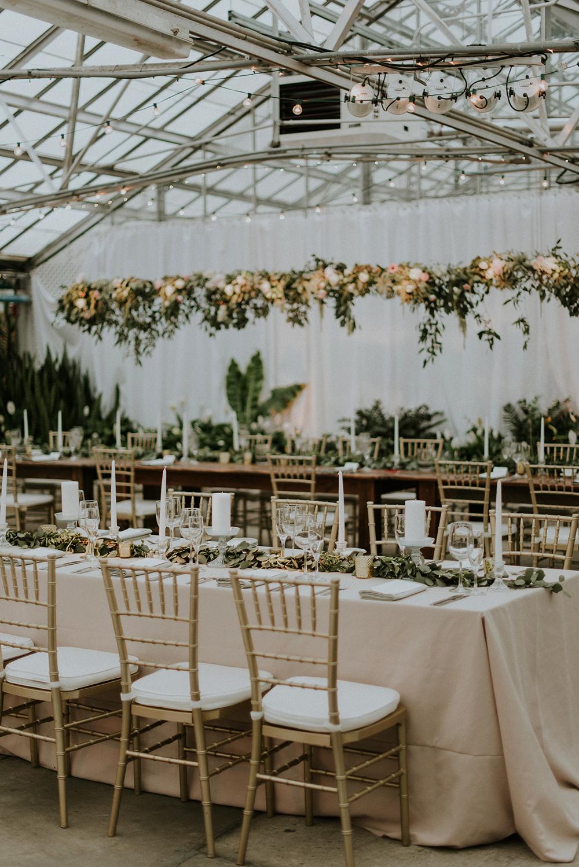 wedding receptions - photo by M2 Photography http://ruffledblog.com/black-tie-philadelphia-wedding-with-a-boho-twist