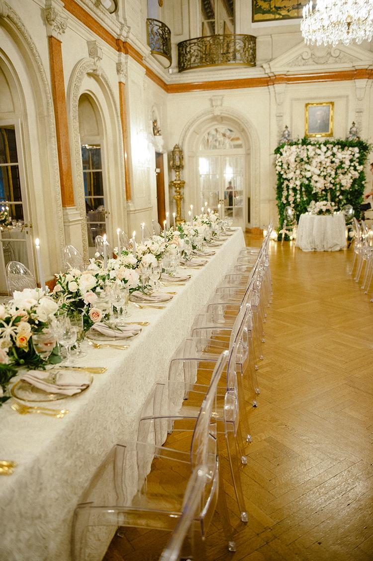 glam Washington DC weddings - photo by Lisa Blume Photography https://ruffledblog.com/black-tie-washington-dc-wedding-with-a-floral-wall
