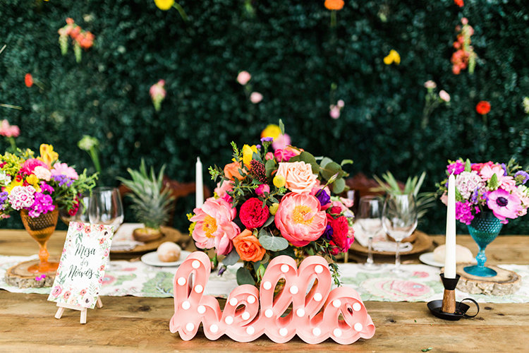 cute wedding signs - photo by Passionate http://ruffledblog.com/bohemian-wedding-in-portugal-with-bright-flowers-everywhere