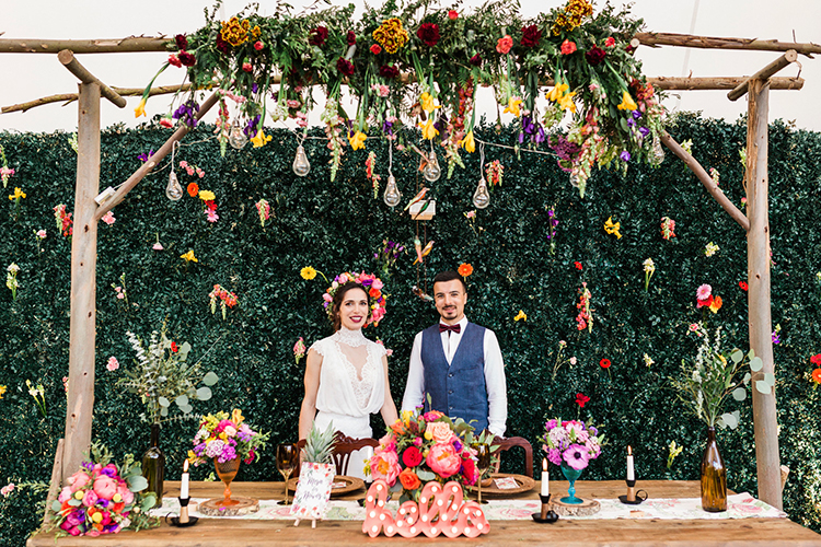 bohemian wedding inspiration - photo by Passionate https://ruffledblog.com/bohemian-wedding-in-portugal-with-bright-flowers-everywhere