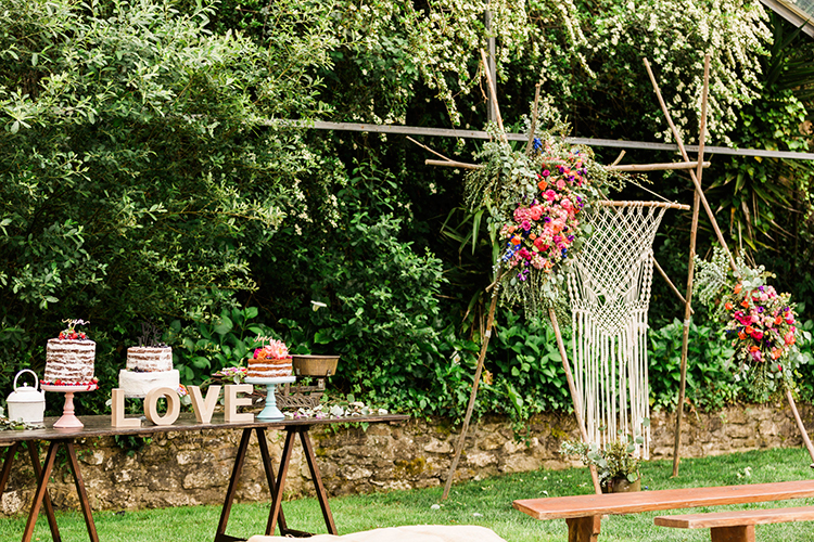 bohemian dessert tables - photo by Passionate http://ruffledblog.com/bohemian-wedding-in-portugal-with-bright-flowers-everywhere
