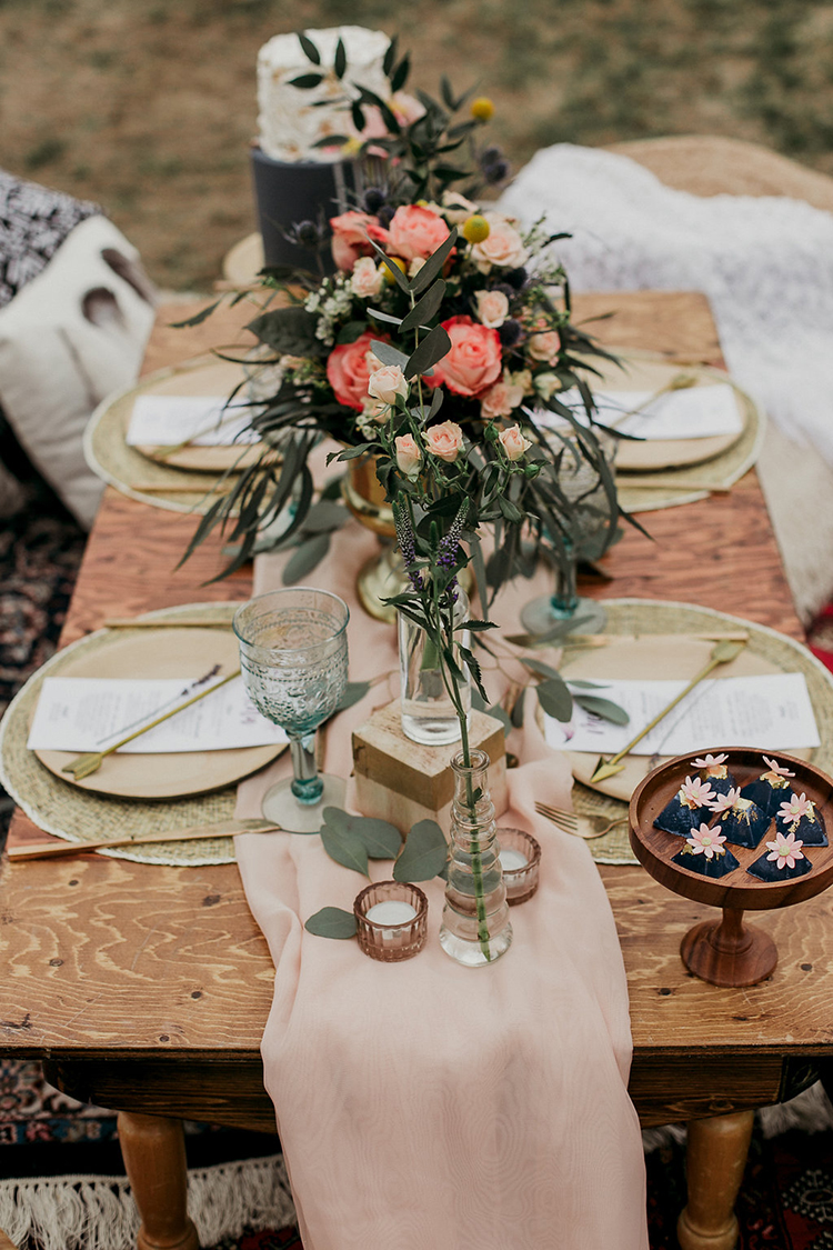 romantic bohemian tablescapes - photo by Sarah White Photography https://ruffledblog.com/boho-bridal-shower-inspiration-for-your-bride-tribe