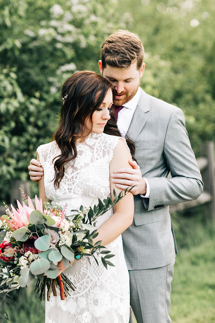 Boho Pacific Northwest Forest Wedding with King Protea - photo by Jenna Bechtholt Photography https://ruffledblog.com/boho-pacific-northwest-forest-wedding-with-king-protea