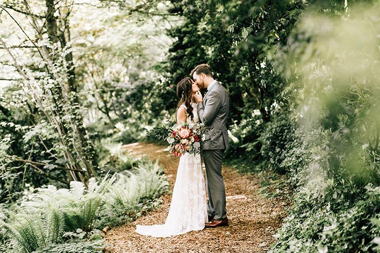 romantic wedding portraits - photo by Jenna Bechtholt Photography https://ruffledblog.com/boho-pacific-northwest-forest-wedding-with-king-protea