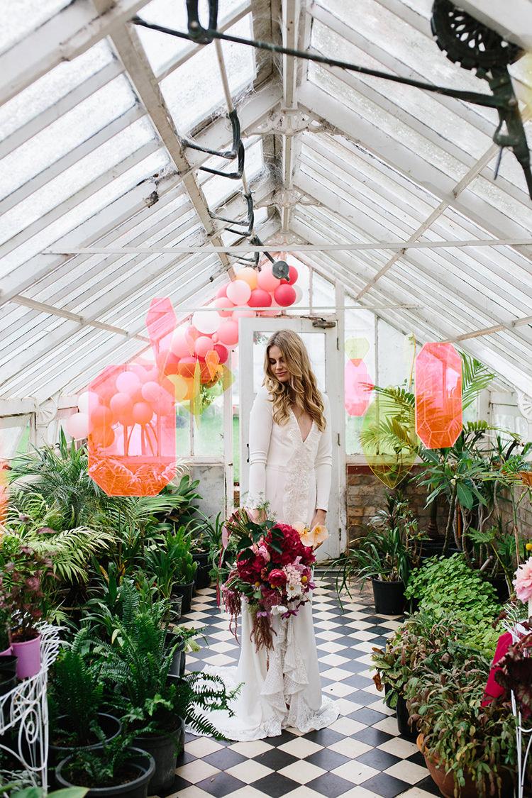 bohemian bridal inspiration - photo by Kas Richards http://ruffledblog.com/bold-bohemian-wedding-inspiration-with-a-balloon-display