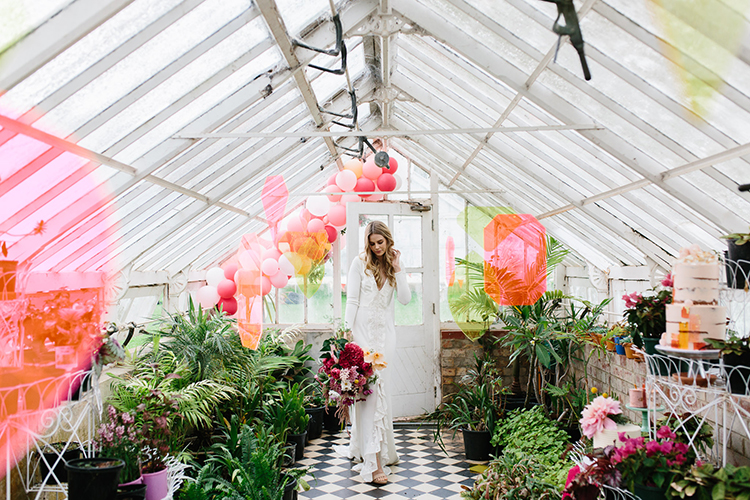 neon wedding inspiration - photo by Kas Richards https://ruffledblog.com/bold-bohemian-wedding-inspiration-with-a-balloon-display