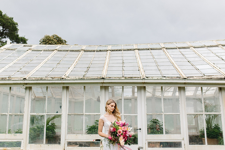wedding portraits - photo by Kas Richards https://ruffledblog.com/bold-bohemian-wedding-inspiration-with-a-balloon-display