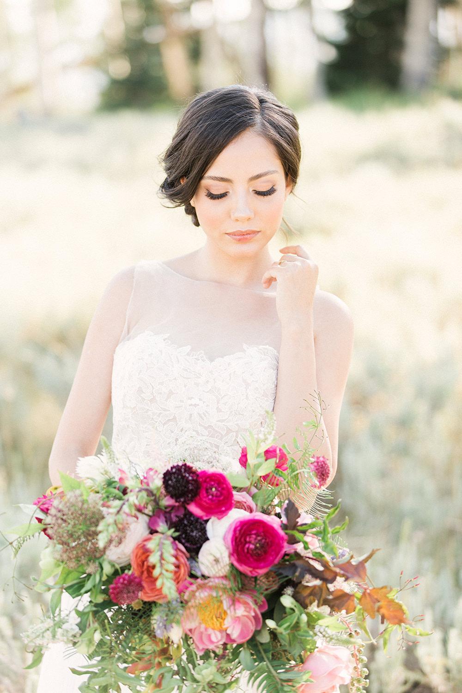 bridal inspiration - photo by Gideon Photography http://ruffledblog.com/botanical-wedding-ideas-in-the-mountains-of-southern-utah