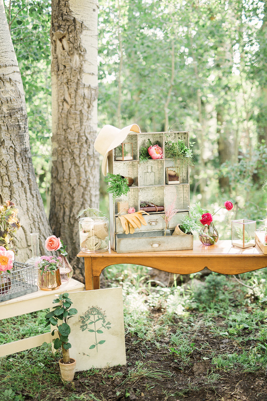 wedding decor - photo by Gideon Photography http://ruffledblog.com/botanical-wedding-ideas-in-the-mountains-of-southern-utah