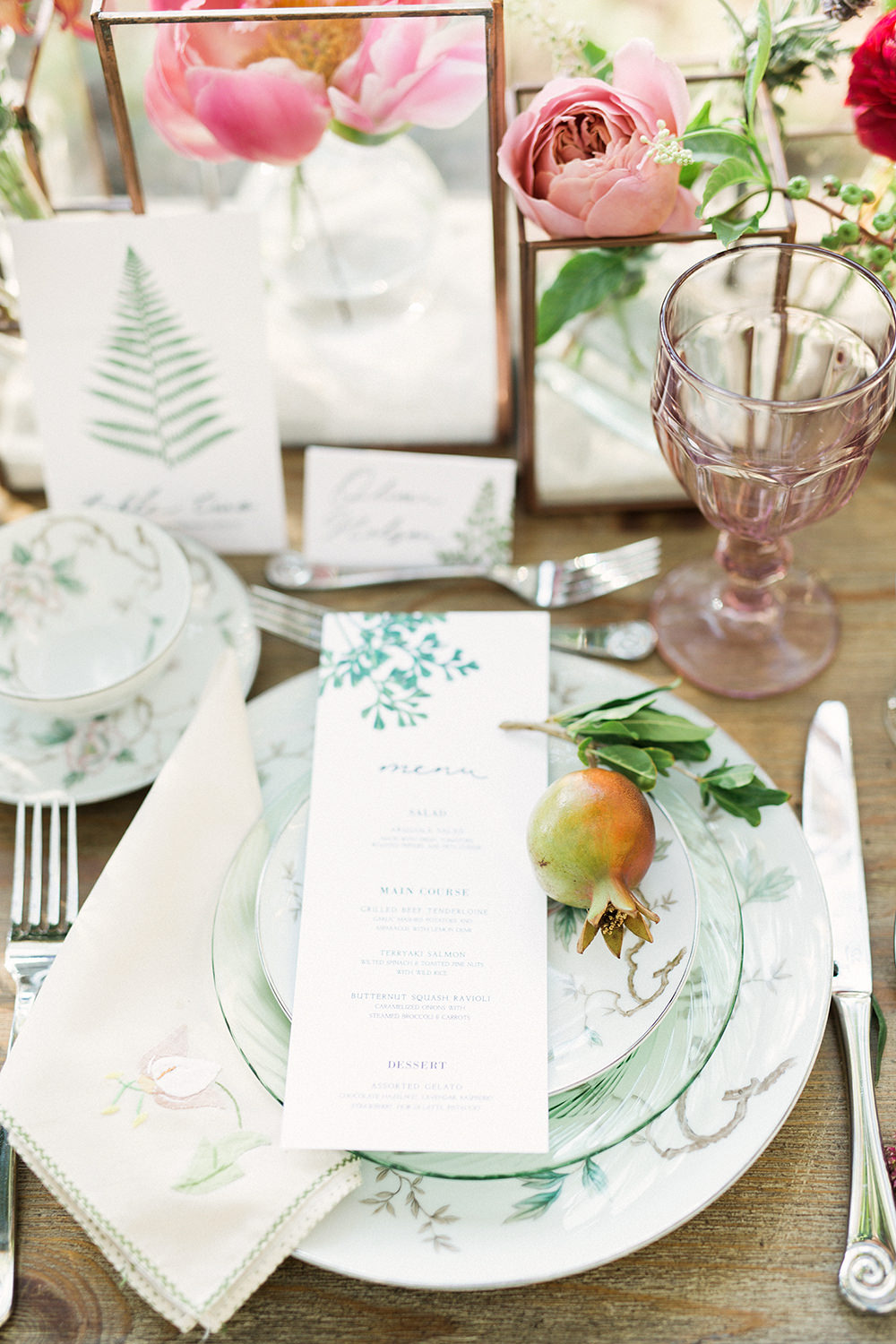 wedding place settings - photo by Gideon Photography http://ruffledblog.com/botanical-wedding-ideas-in-the-mountains-of-southern-utah