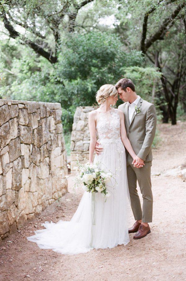 Breezy Organic Wedding Inspiration