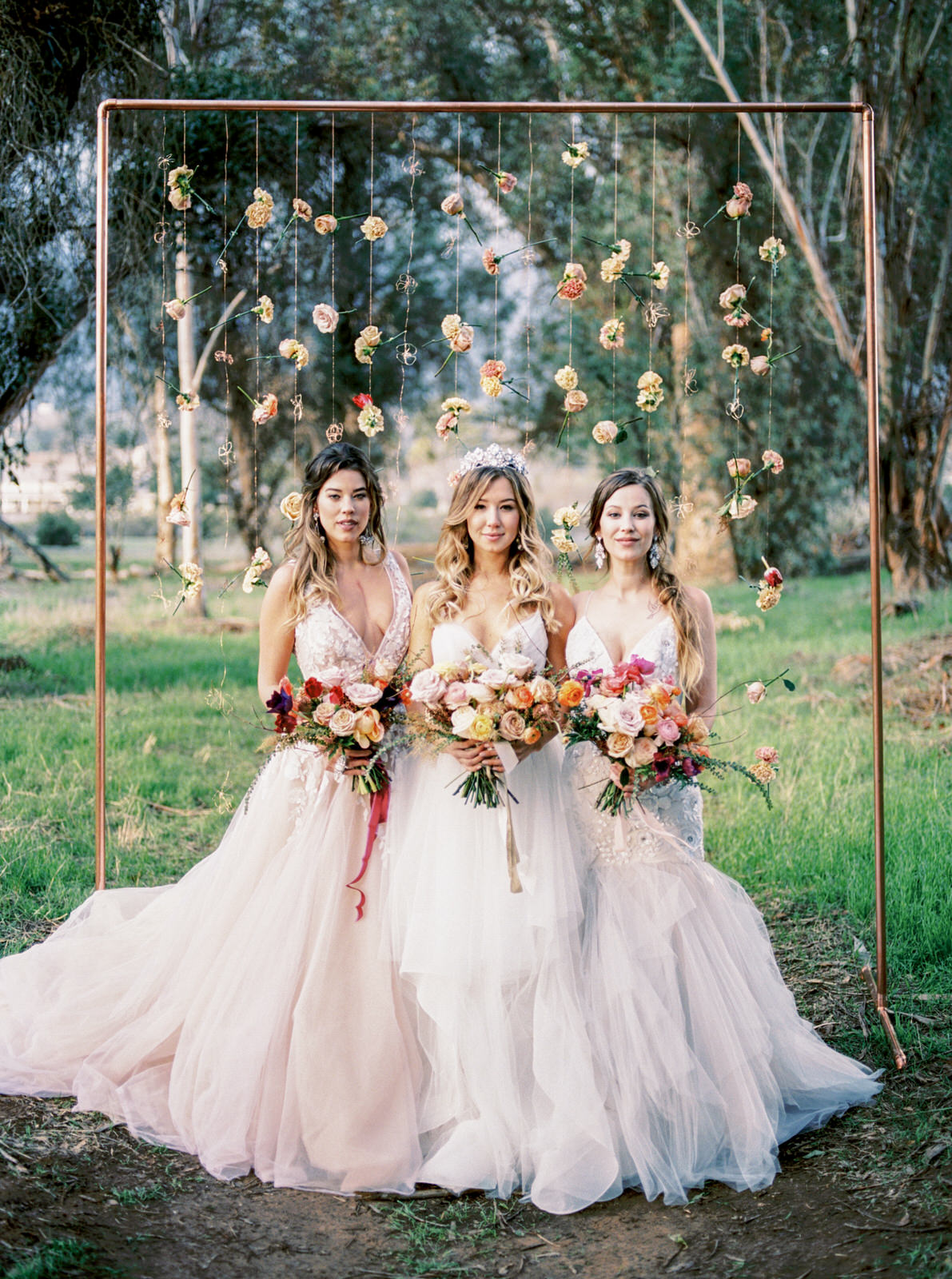 Bridal beauty wedding inspiration in the woods ruffled bridal beauty wedding inspiration in the woods photo by anna delores photography https junglespirit Gallery