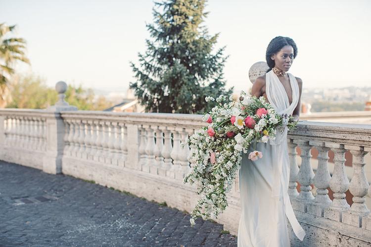 romantic bridal portraits - photo by Lilly Red Creative https://ruffledblog.com/bridal-portraits-during-a-roman-sunrise