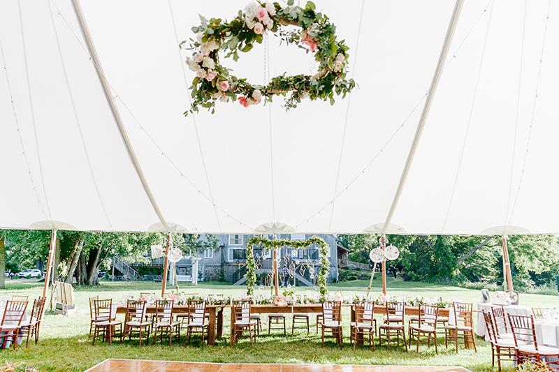 wedding reception inspiration - photo by Emily Wren Photography https://ruffledblog.com/bright-beautiful-summer-wedding-with-geometric-accents