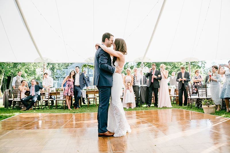 wedding dances - photo by Emily Wren Photography https://ruffledblog.com/bright-beautiful-summer-wedding-with-geometric-accents