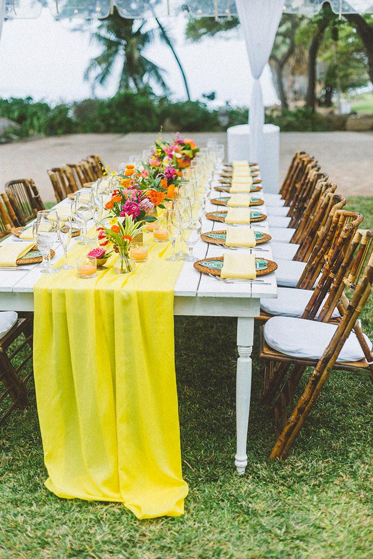 Bright + Colorful Destination Wedding in Maui - https://ruffledblog.com/bright-colorful-destination-wedding-in-maui