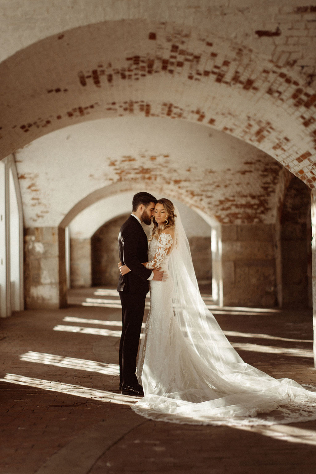 Candlelit Vineyard Wedding In Rhode Island 07
