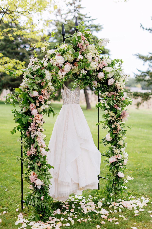 wedding dresses - photo by Purple Tree Photography https://ruffledblog.com/charming-wine-country-wedding-at-kurtz-orchard