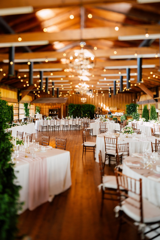 wedding receptions - photo by Purple Tree Photography https://ruffledblog.com/charming-wine-country-wedding-at-kurtz-orchard