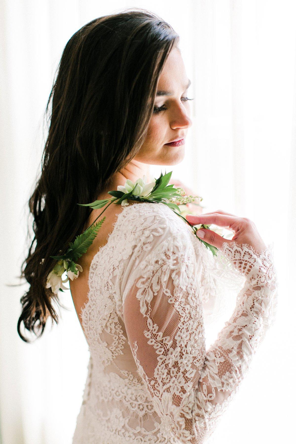 romantic wedding gowns - photo by Anna Delores http://ruffledblog.com/chic-modern-wedding-at-four-seasons-santa-barbara